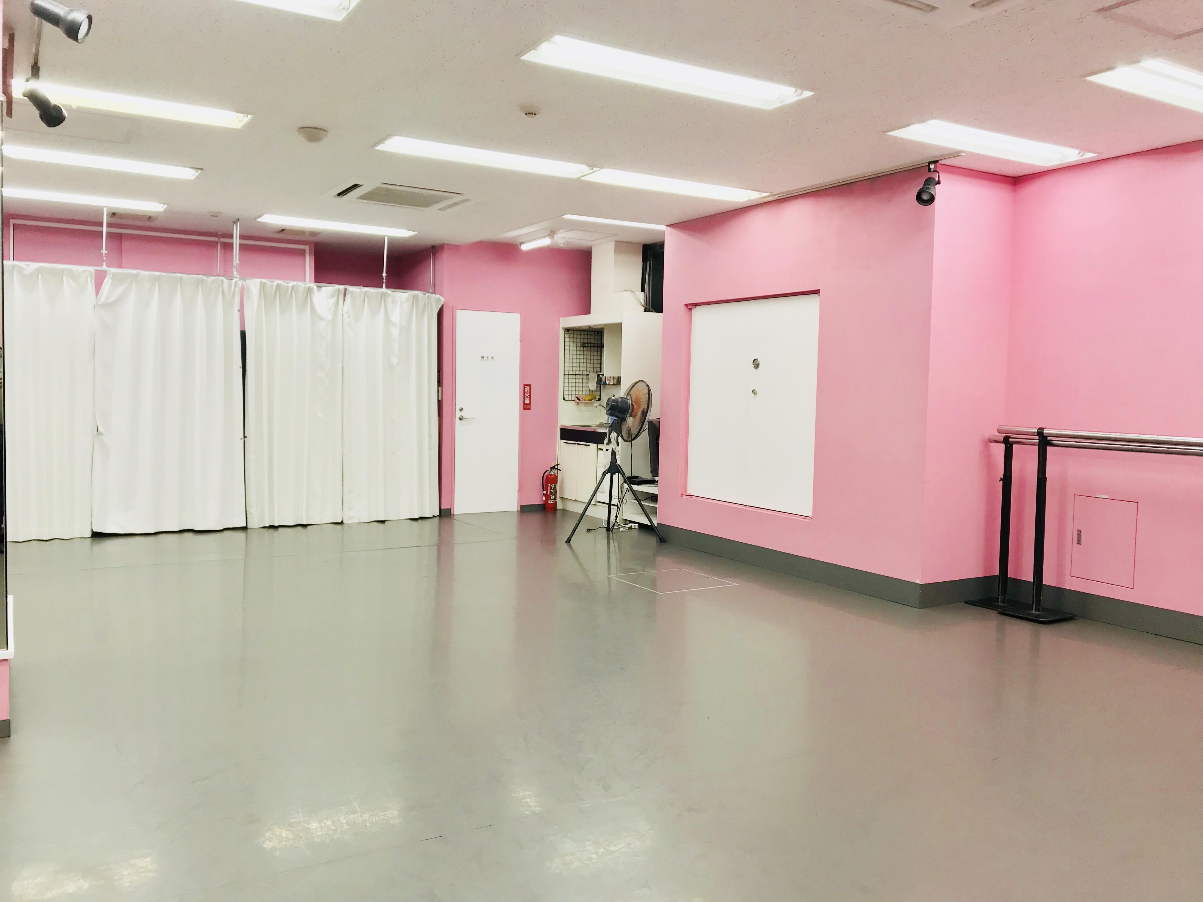 千代田区 秋葉原の貸しレンタルダンススタジオ ブルーハススタジオ 手間5