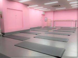 秋葉原ダンススタジオ ヨガ ストレッチ ピラティス 体操 教室
