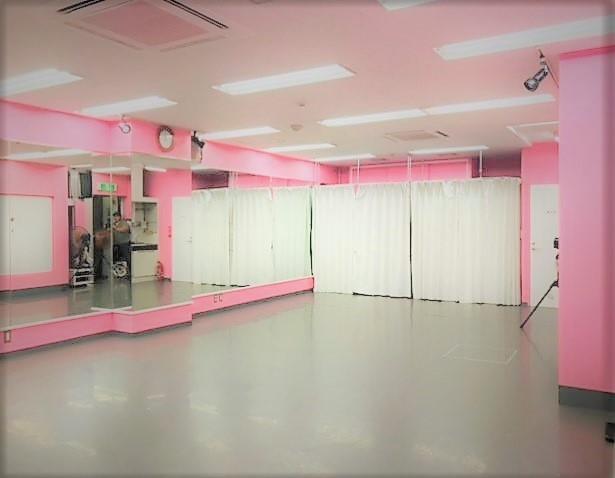 千代田区 秋葉原の貸しレンタルダンススタジオ ブルーハススタジオ 右