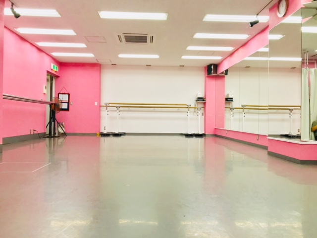 千代田区 秋葉原の貸しレンタルダンススタジオ ブルーハススタジオ 左3