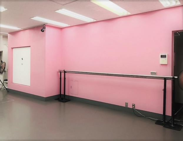 千代田区 秋葉原の貸しレンタルダンススタジオ ブルーハススタジオ 手前
