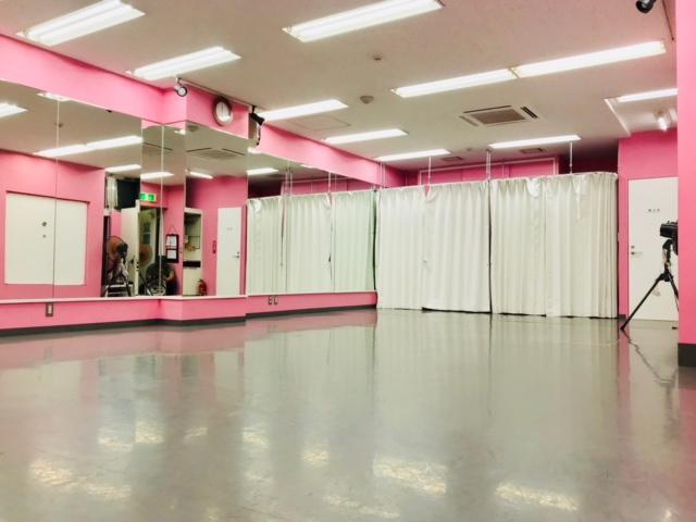 千代田区 秋葉原の貸しレンタルダンススタジオ ブルーハススタジオ 鏡2