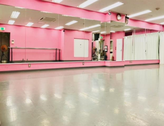 千代田区 秋葉原の貸しレンタルダンススタジオ ブルーハススタジオ 鏡